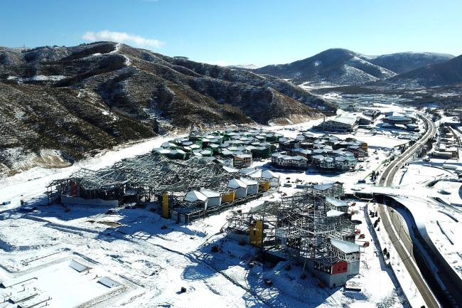 Томас Бах: Олимпийские объекты в Пекине готовы к соревнованиям