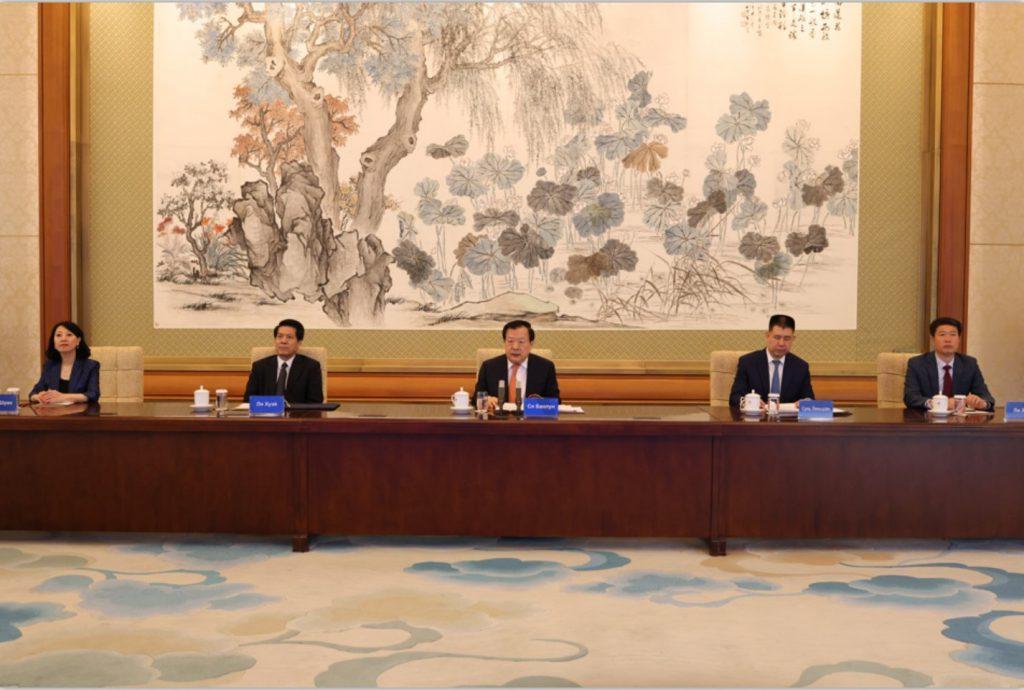 Сопредседатели Китайско-Российского комитета мира, дружбы и развития прокомментировали преподавание и популяризацию китайского языка в России